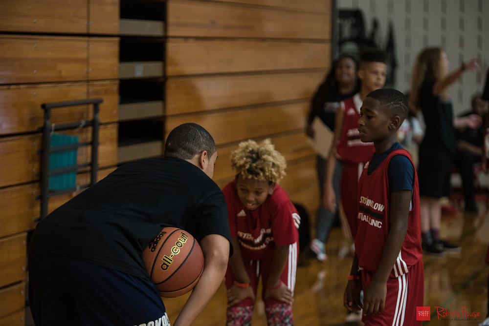 rhff_basketball_clinic_sunday-17.jpg