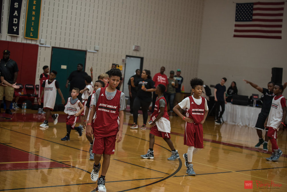 rhff_basketball_clinic_sunday-72.jpg