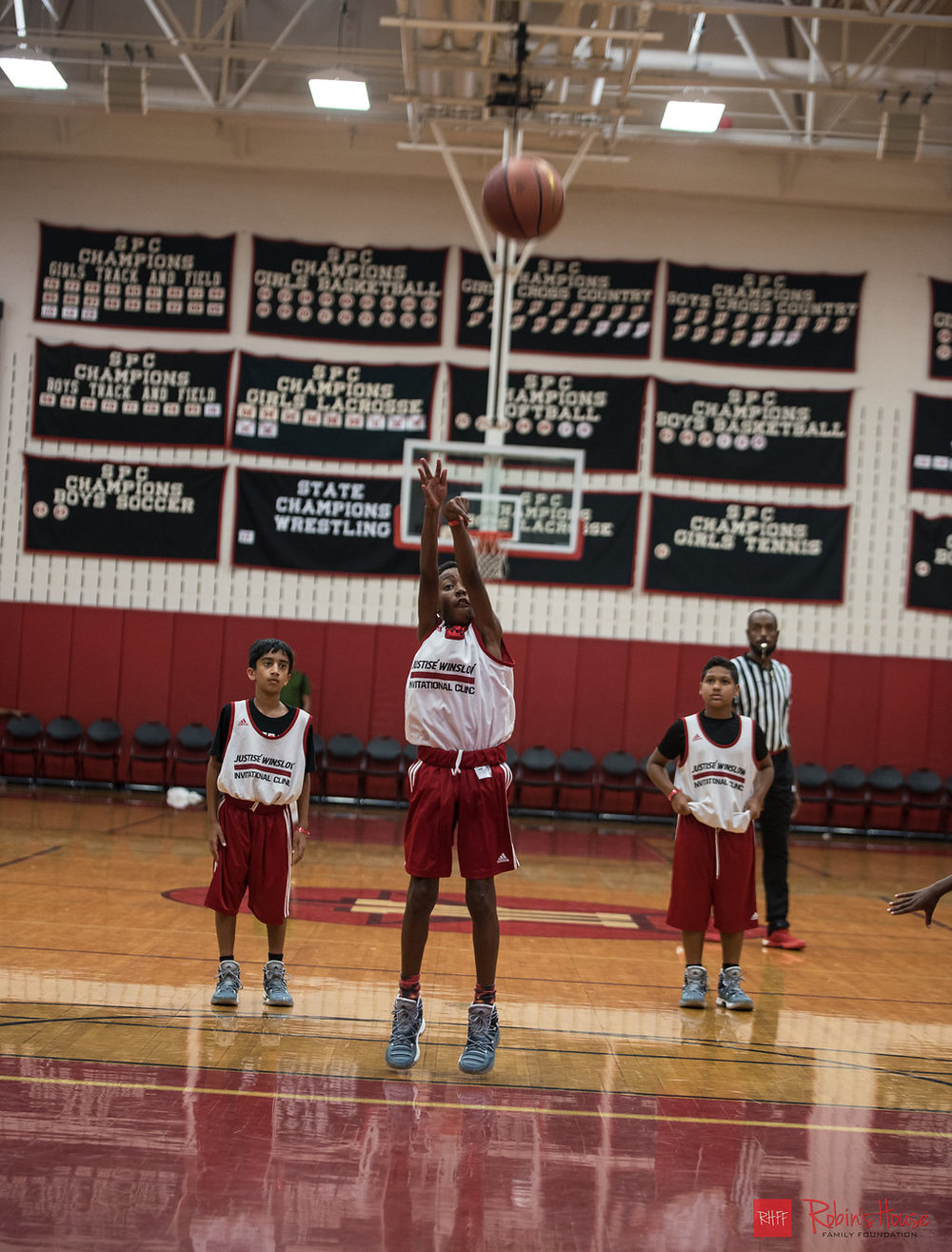 rhff_basketball_clinic_sunday-82.jpg