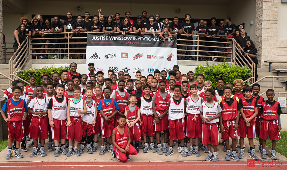 rhff_basketball_clinic_sunday-93.jpg