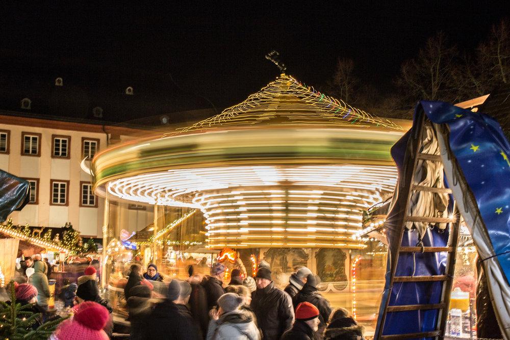 Wenn auch du wissen möchtest wie man effektvolle Aufnahmen auf dem Weihnachtsmarkt macht, solltest du unbedingt mit dabei sein!