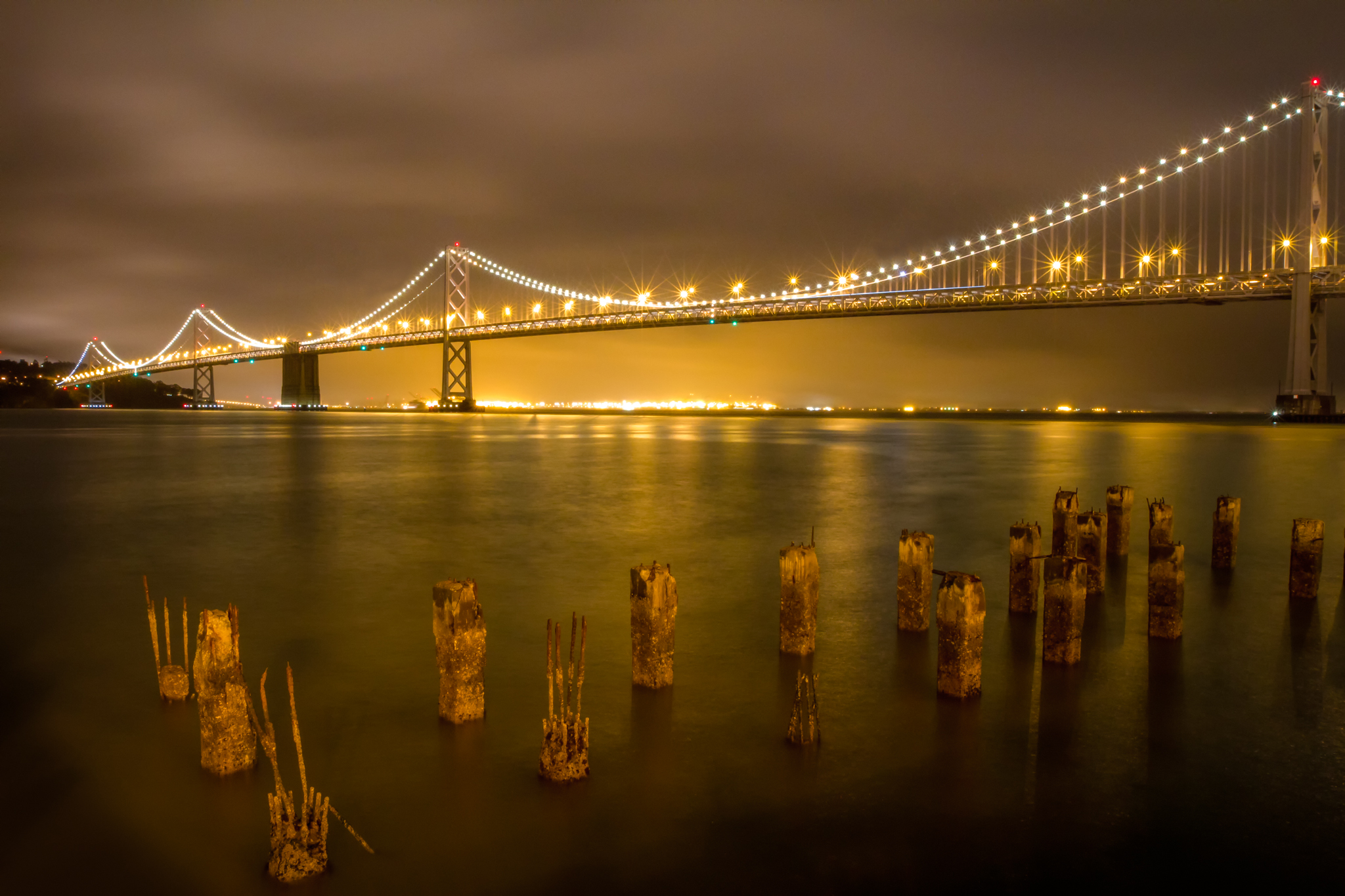 I went to this spot on the Embarcadero several times, but it never worked. I finally made this image to complete my quest.