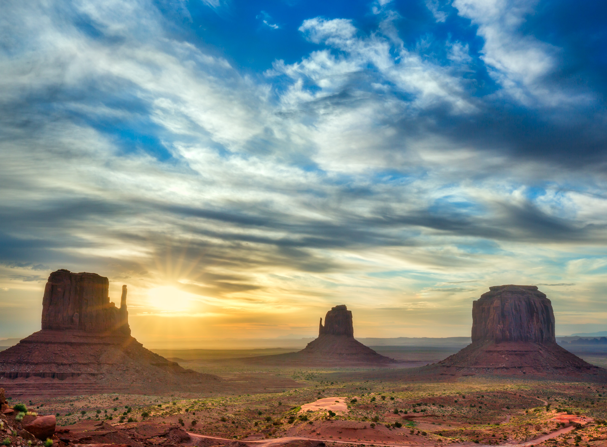 Monument Valley at sunrise. Image was made using 5D III and the 16-35mm f4 IS lens