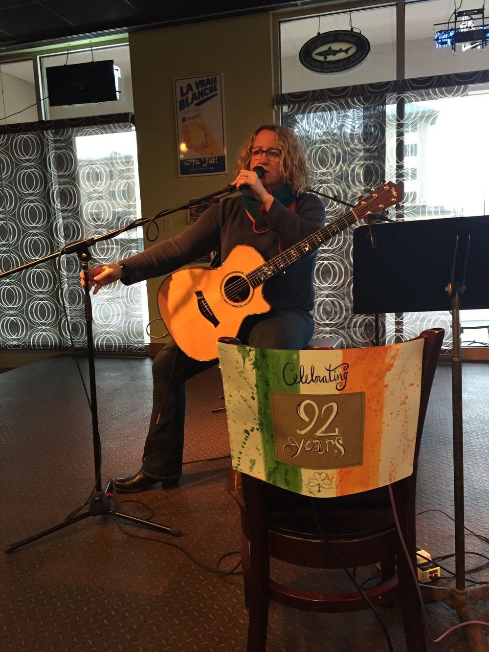 In the United States, Meg Gehman has a special concert to honor the Irish fight for independence on an important day in their history (Dec 6).