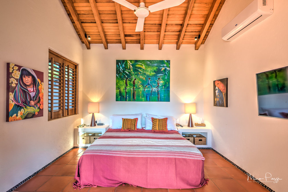 The Casitas HDR Zihuatanejo-222017-SMALL.jpg