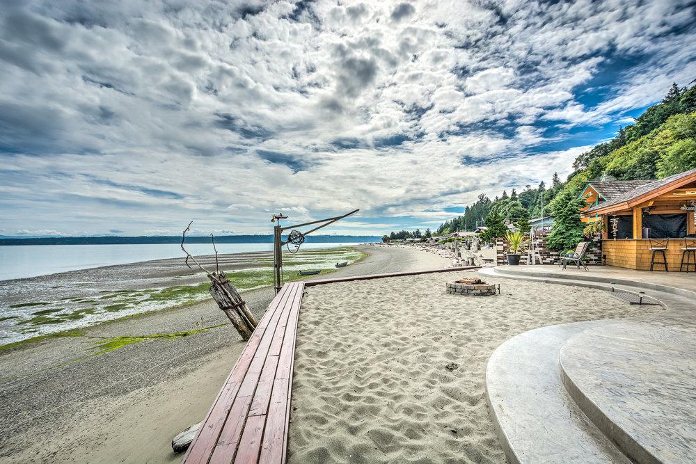809 Port Susan Terrace Rd HDR Camano Island-7-1800x1200 sRGB.jpg