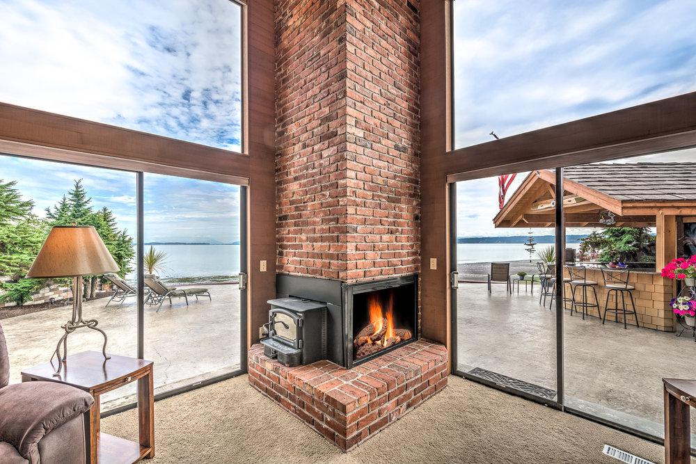 809 Port Susan Terrace Rd HDR Camano Island-22-Edit-1800x1200 sRGB.jpg
