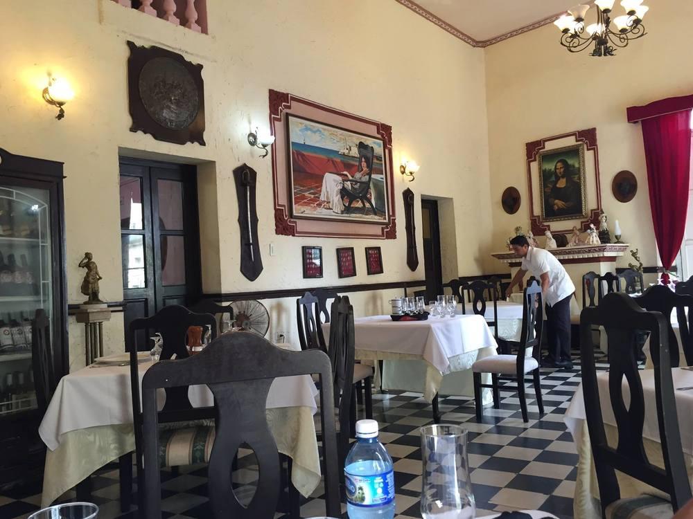Restaurant-cuba.jpg
