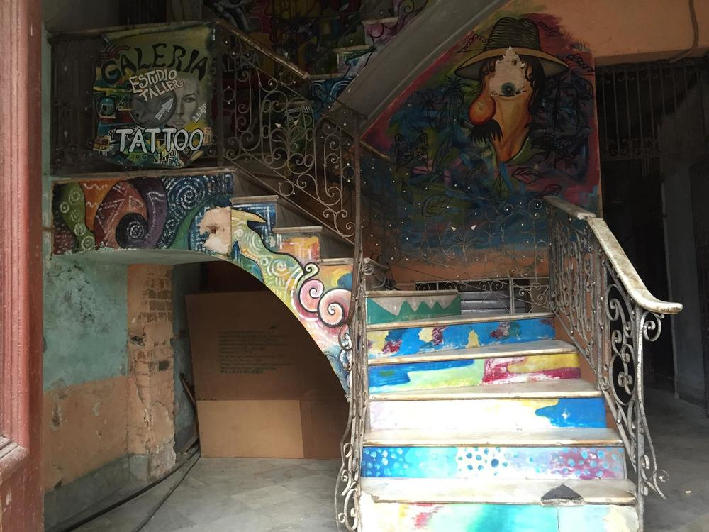 tatoo-stair-havana-cuba-june2015.jpg