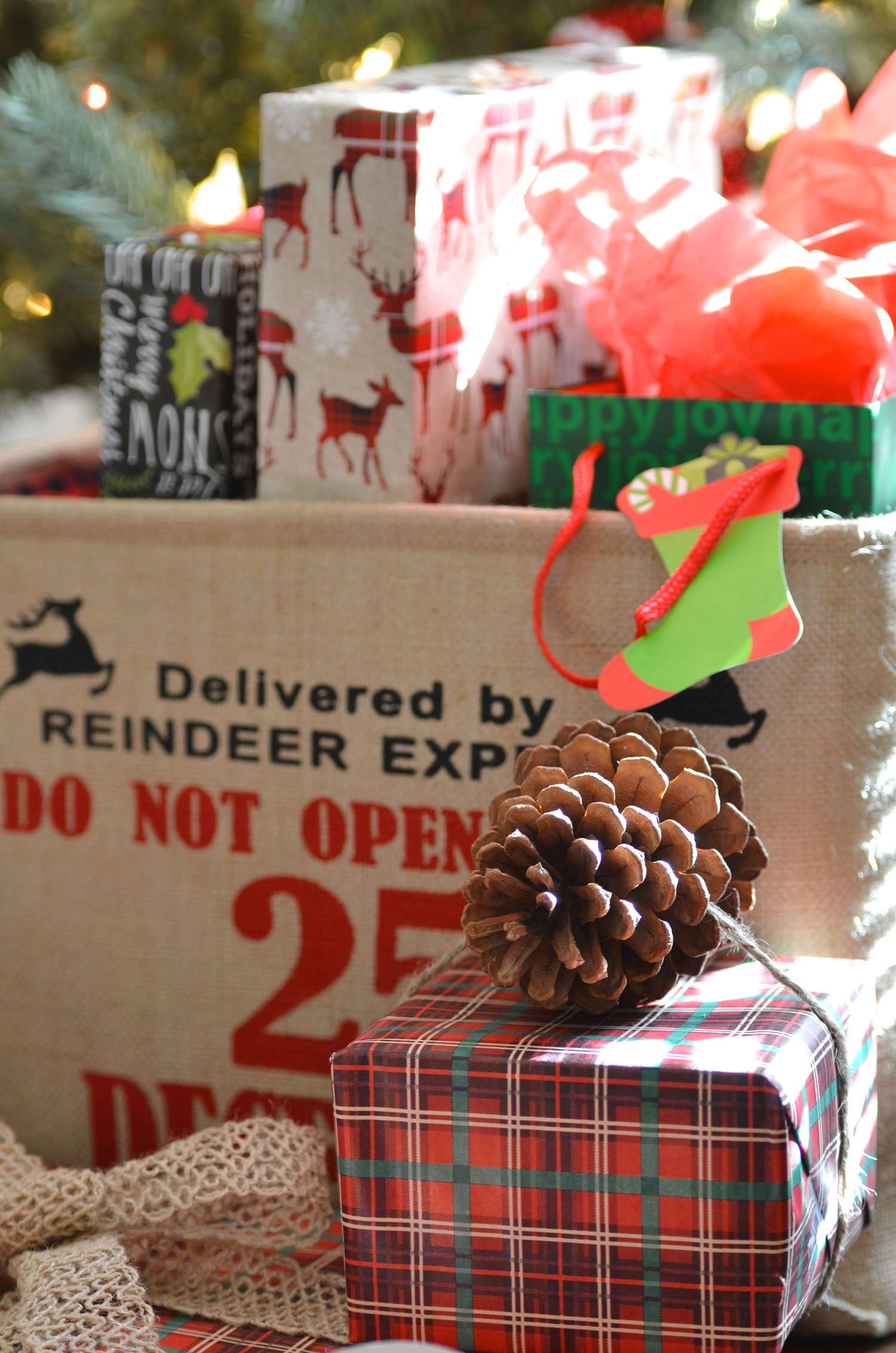 Christmas Gift Wrapping 101 — Breanna Spain Blog