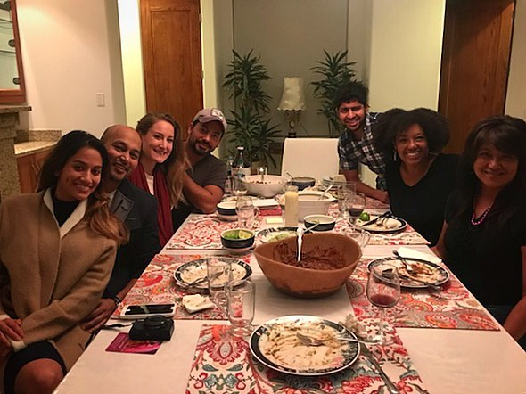Such a pleasure to cook a Mexican vegan dinner for these awesome writers in Malibu last night :-) Thanks @neetabhushan for having me. I love meeting people who dare to follow their passions with an open heart and joyful presence🔥🔪🔥📕📕📕 Great to meet you @leylasalvade !! Menu Mushroom mole  Red salsa Tomatillo tamarind salsa Lime Guacamole Cauliflower rice with scallions and cilantro Corn and cactus cebiche  Tortillas Hibiscu Kombucha with rose water  #malibu #dinner #writers #writing #retreat #mexican #mole #salsa #guacamole #tamarind #heirloom #corn #develop #evolve #losangeles #books #healers #teachers #food #delicious #gastronauts