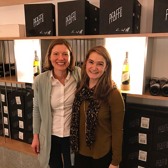 Such an incredible, inspiring experience meeting Heidi of Weingut Pfaffl, a rockstar and half of the brother/sister duo named European Winery of the year by @wineenthusiast #goals #pfaffl #austria #grunervetliner #8687wines #boutiquewine