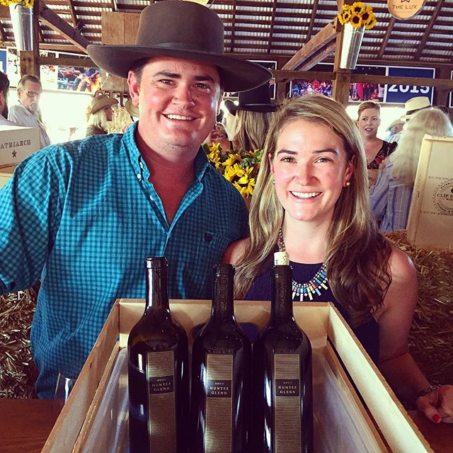 They say you can't pick your family......very glad to have ended up with this #tractordriver for a brother and business partner! 👫#nationalsiblingday #8687wines #hunterglennestate #boutiquewine #stomp #napavalley #siblings