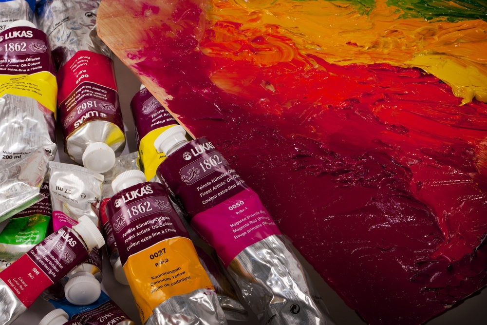 Jerry's Palette Shop offers all 70 colors of Lukas 1862 Oil Paints in both 37mL and 200mL tubes as well as all 48 colors of Lukas Studio Oils in 37mL and 200mL tubes.