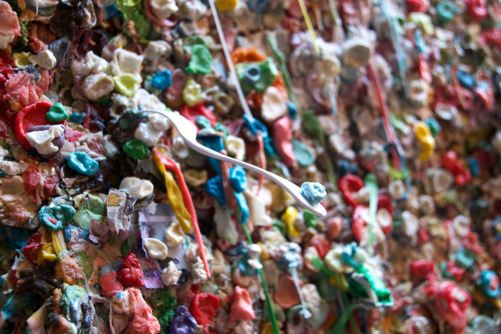 Gum Wall, Post Alley