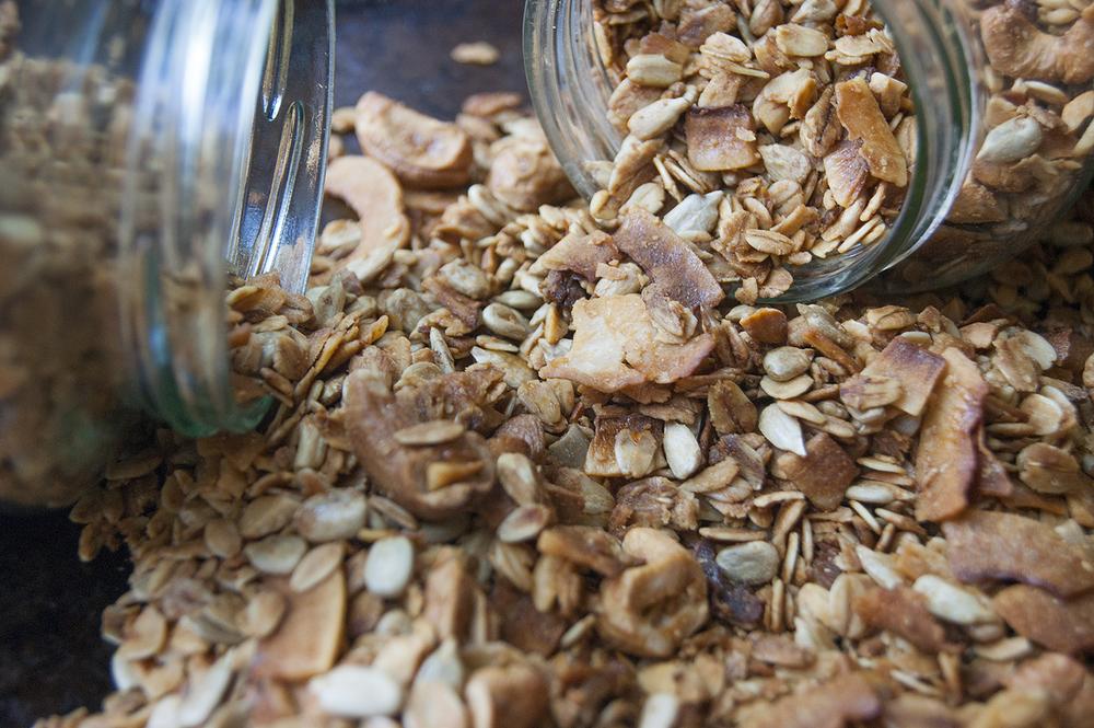 granola jar 1.jpg