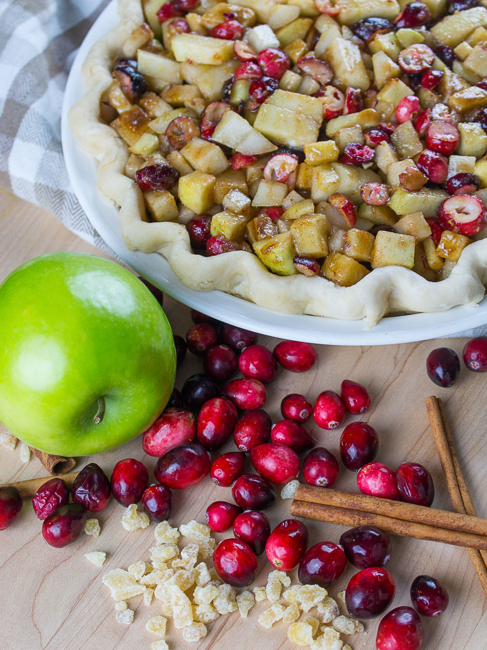 cranberry_apple_pear_ginger_pie-3.jpg