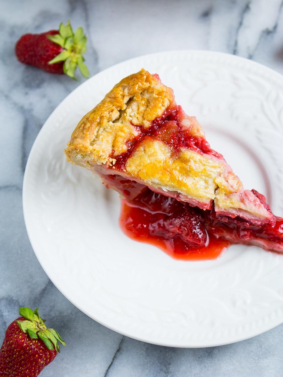 strawberry-rhubarb-pie-10.jpg