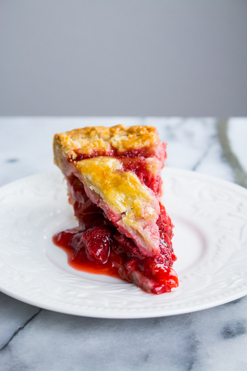 strawberry-rhubarb-pie-6.jpg