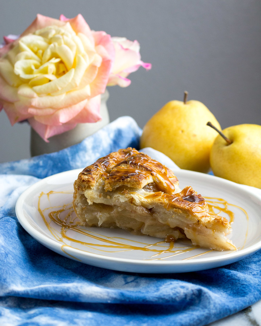 pear-caramel-pie-11.jpg
