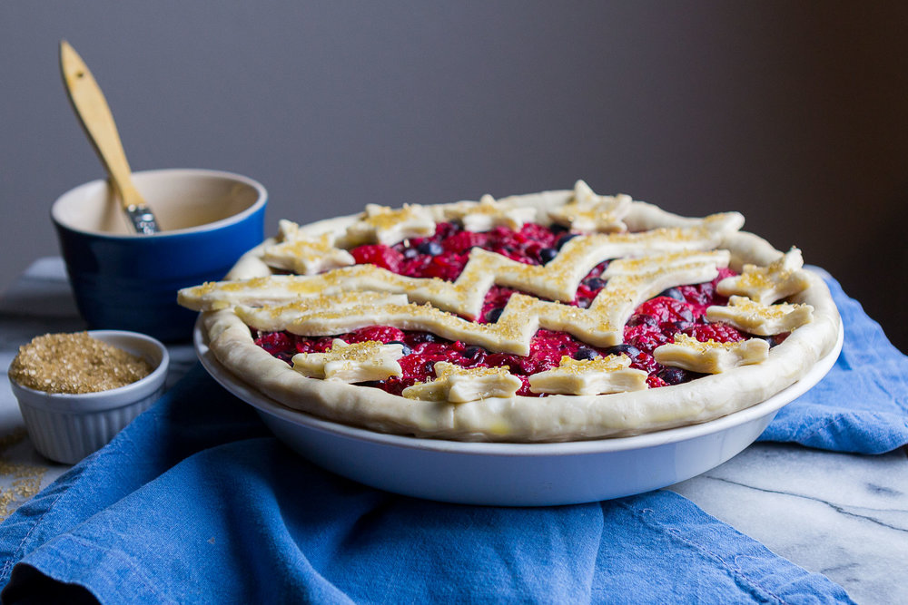 wonder-woman-berry-pie-8.jpg