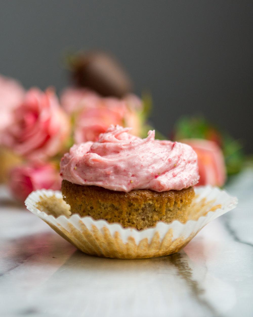 strawberry-cupcakes-18.jpg
