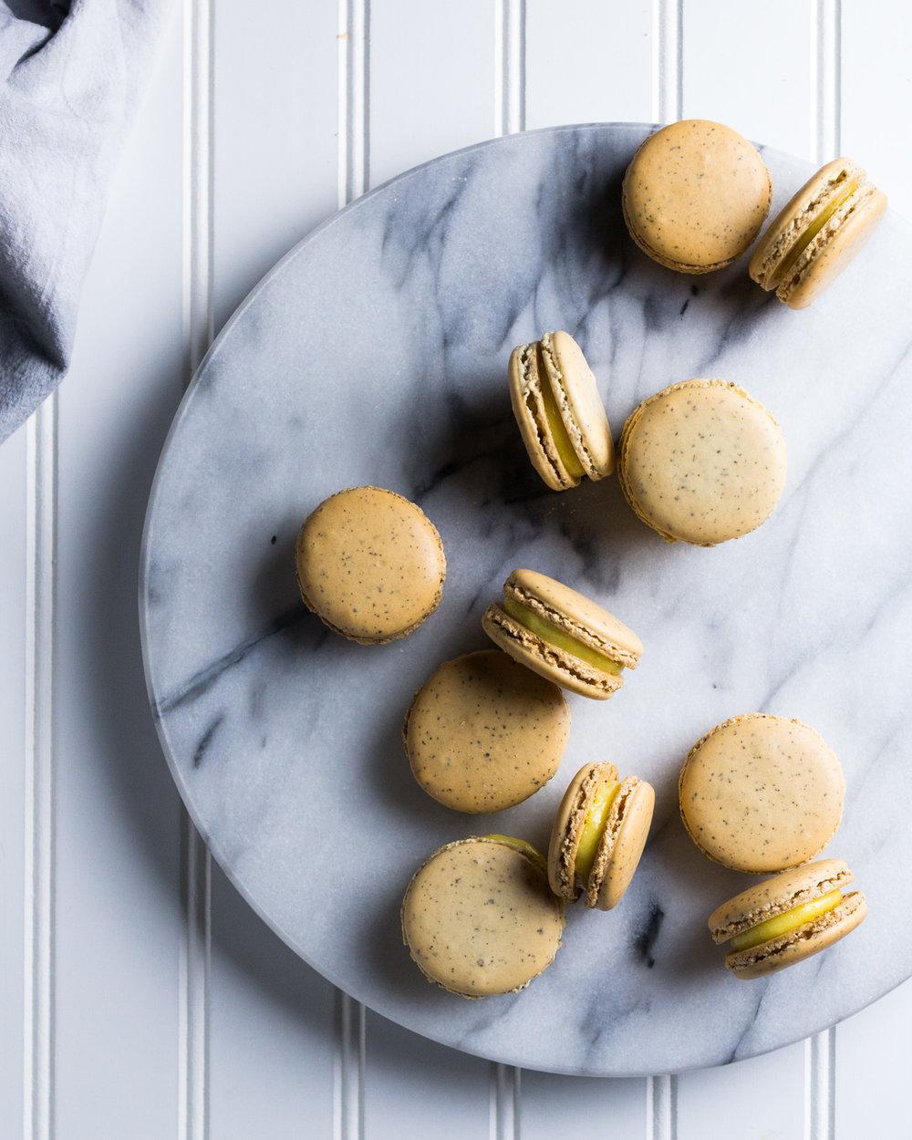 earl-grey-macarons-lemon-curd-8.jpg