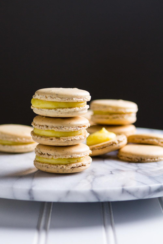 earl-grey-macarons-lemon-curd-3.jpg
