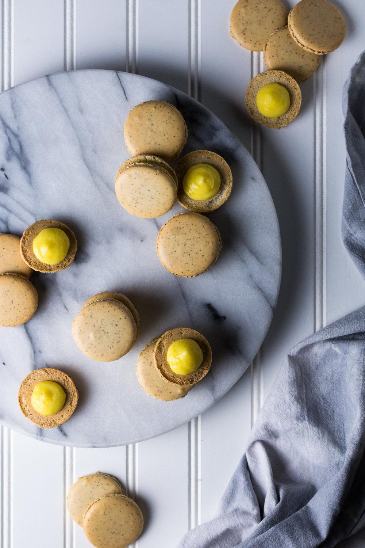earl-grey-macarons-lemon-curd-4.jpg