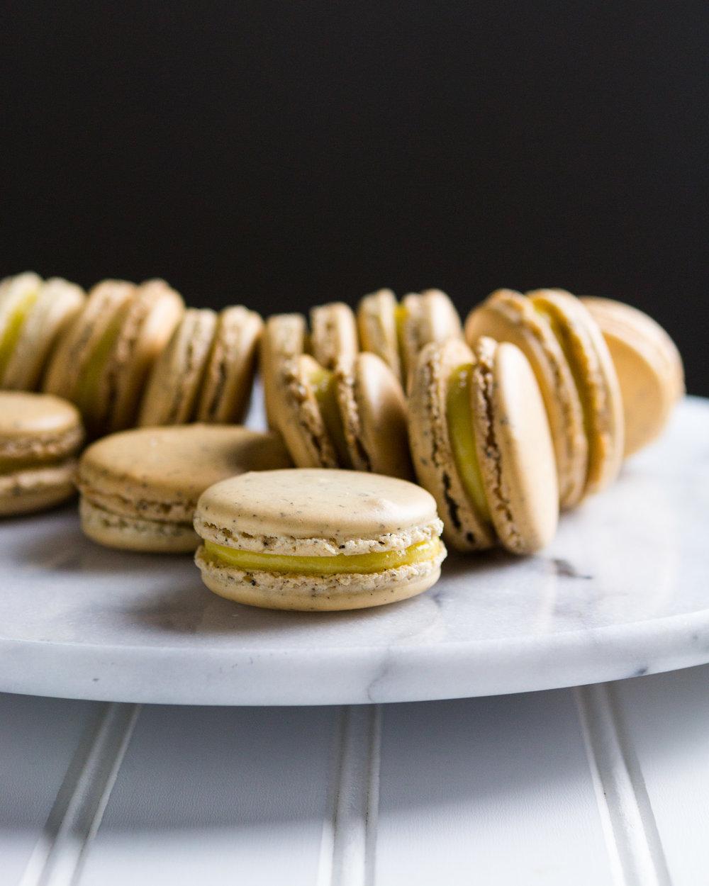 earl-grey-macarons-lemon-curd-10.jpg