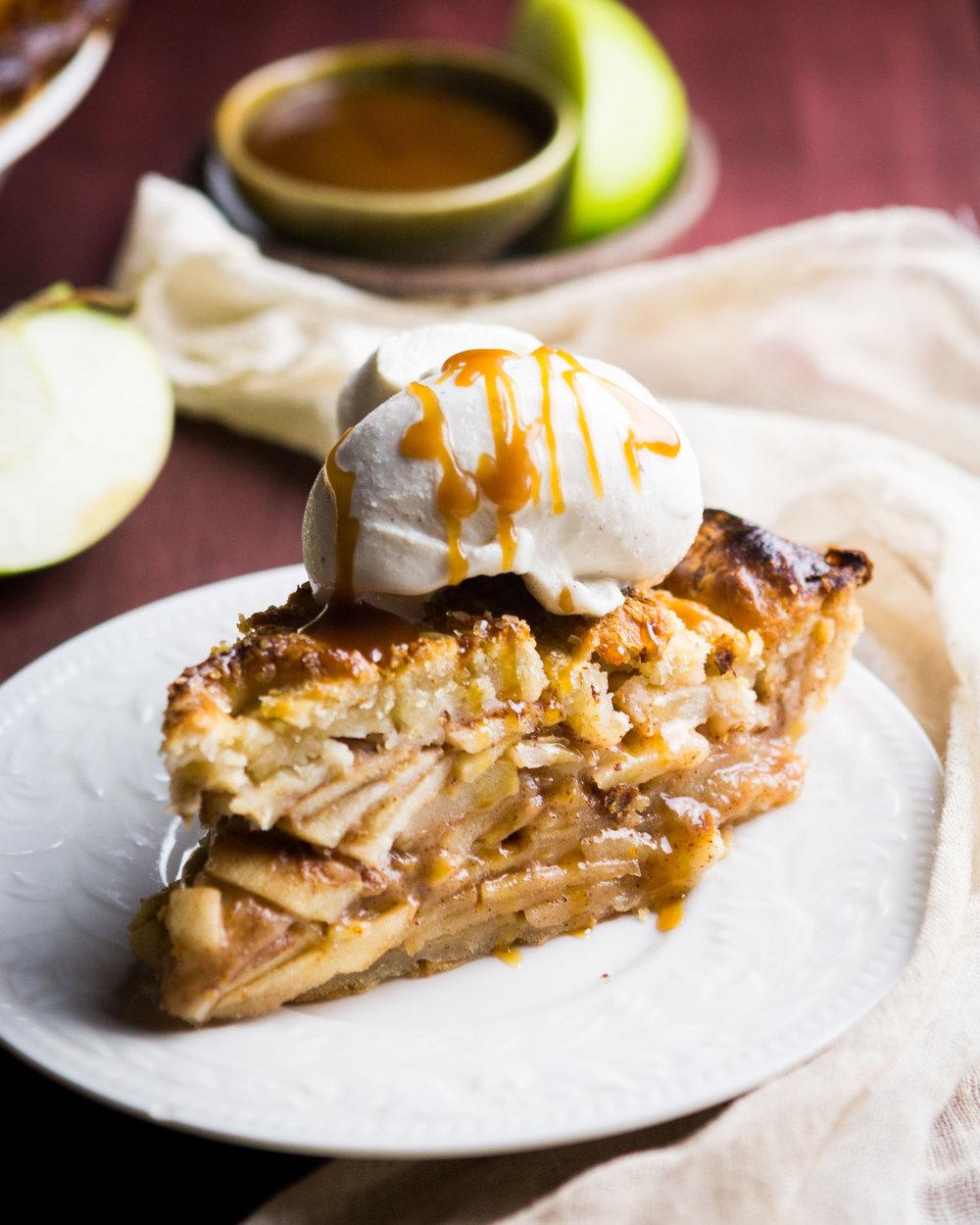 salted-caramel-apple-pie-18.jpg