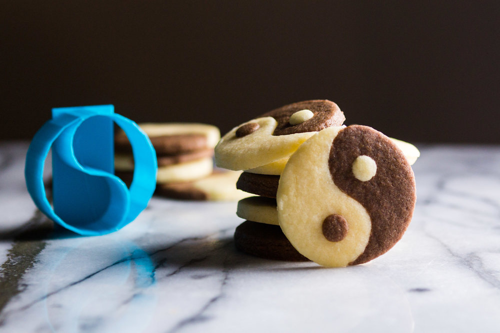 yin-yang-cookies-3.jpg