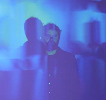 Jonas R_blue.jpg
