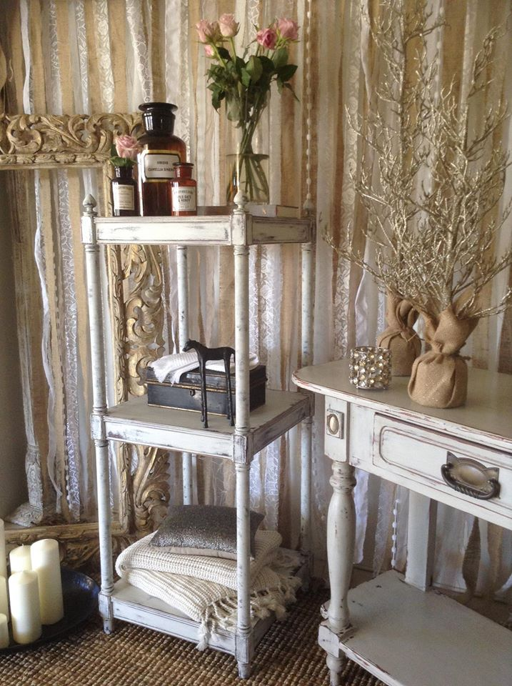 """""""Great Expectations!!"""" Vintage Display Shelf.."""""""