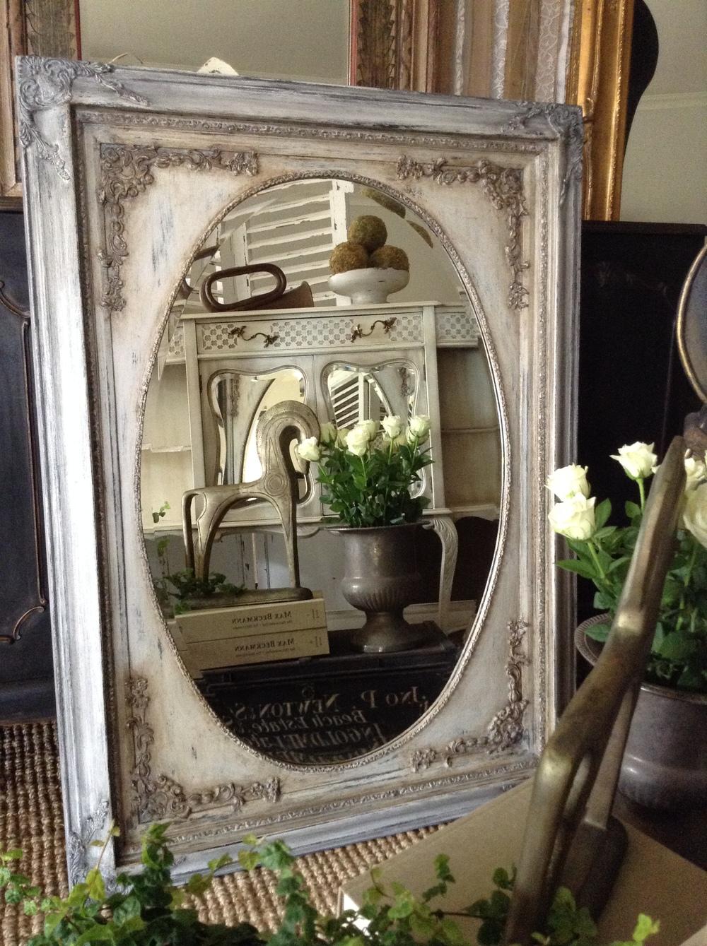 """Romeo & Juliet"" The 'Prettiest' Mirror Ever!!"