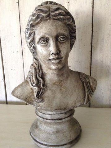 """La Dolce Vita!!""  'Donna Romana' Bust..."