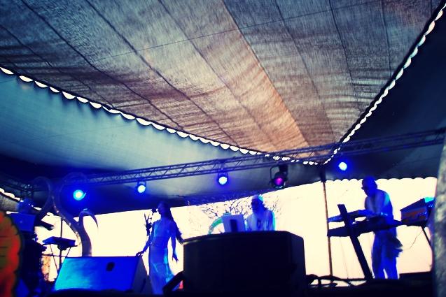 live-01.jpg