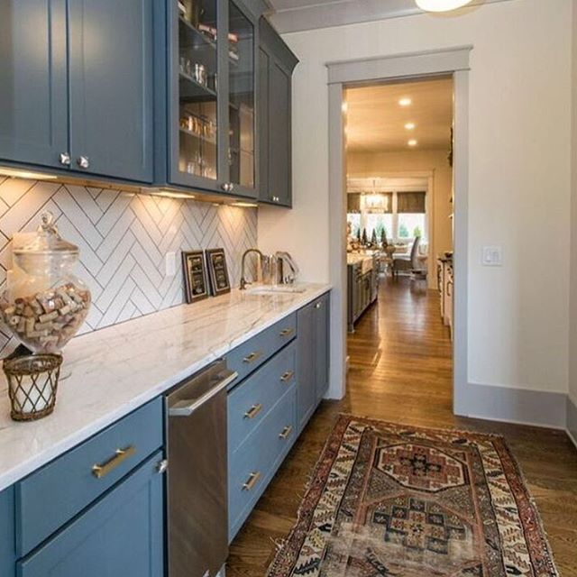 We've got the blues for this kitchen💙💙 #nashville #rebuild #homes #interiordesign #kitchendesign #remodel #airbnb #musiccity #explore615 #nashvillerealestate #loveyourhome