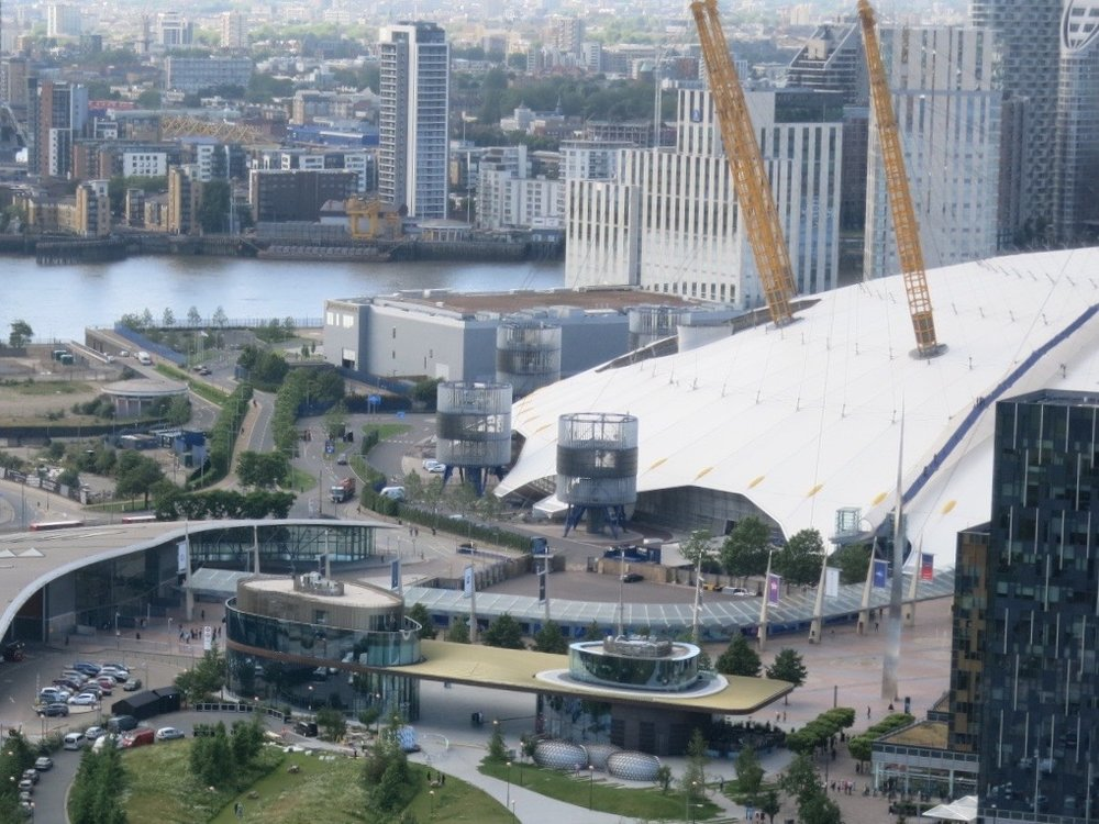 View north across North Greenwich and The O2 - July 2016 [greenpen.london]