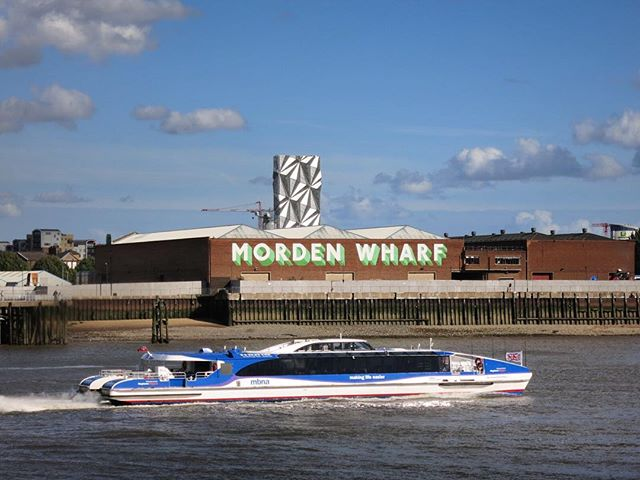 #theopticcloak #opticcloak #lowcarbonenergy #mordenwharf #thames #riverthames #boat #ferry #riverboat #mbna #greenwich #greenwichpeninsula #eastgreenwich #london