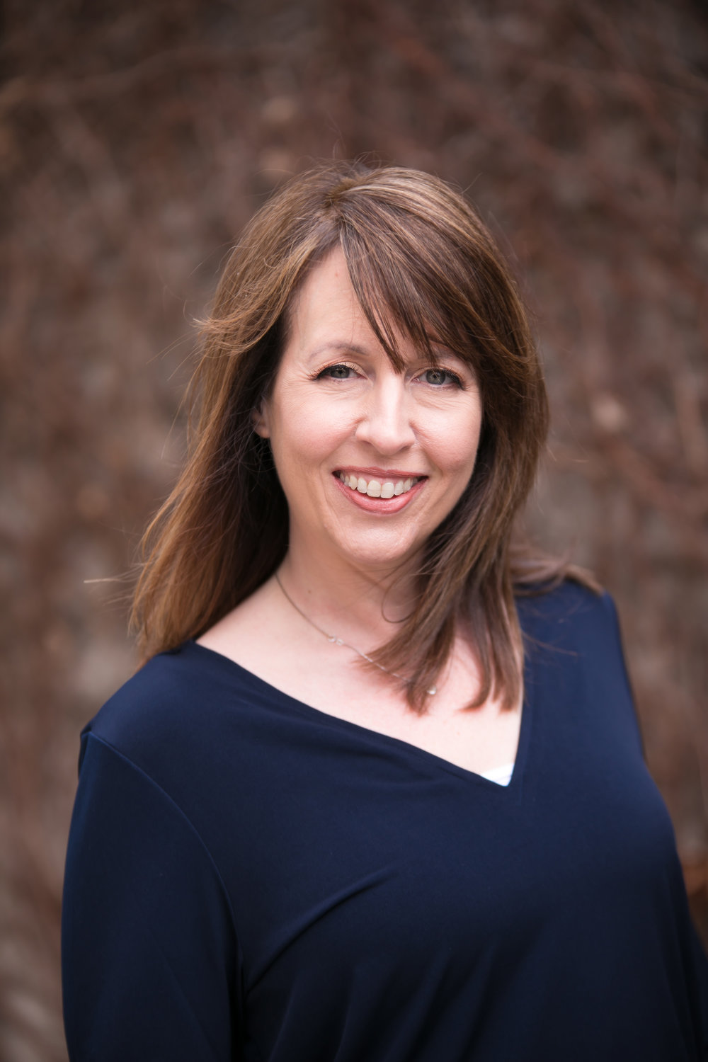 KAREN FOSTER - Associate Photographer/ Post-Production Manager