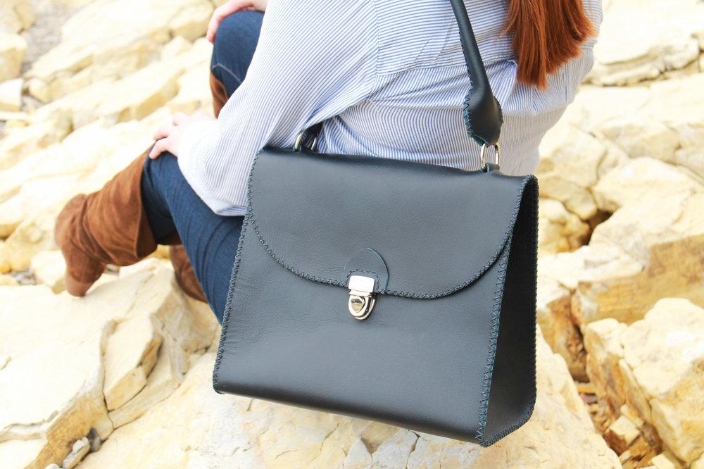Benton Handbag body 1 - no mark.jpg