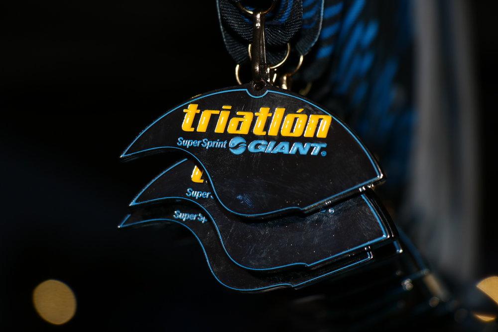 Triatlón Súper Sprint GIANT