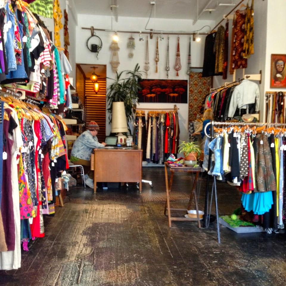 Mission vintage shop