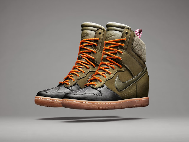 Ho13_NSW_Sneakerboot_Dunk_3Q_P_V5_23518.jpg