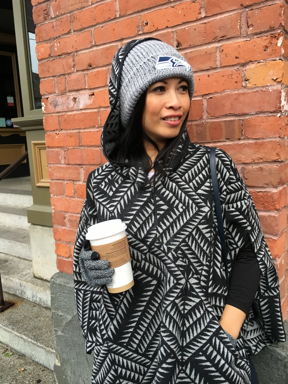Waiting for brunch. Seahawks New Era beanie & Nike N7 x Pendleton poncho