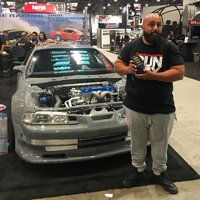 We'd like to take a moment to congratulate our friend, @thebigmike, on his build. He is now one of the top ten builders competing for the highest honors in the #battleofthebuilders. A prestigious competition put on by #SEMA themselves. To call the number spot highly coveted would be an understatement. Get em Big Mike! #RSPECAUTO #MotorMavens #SEMA2016