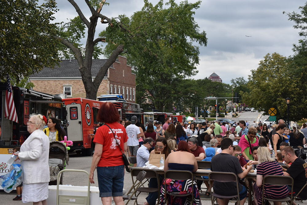 itasca-Family-Day-Food-Truck-12.jpg