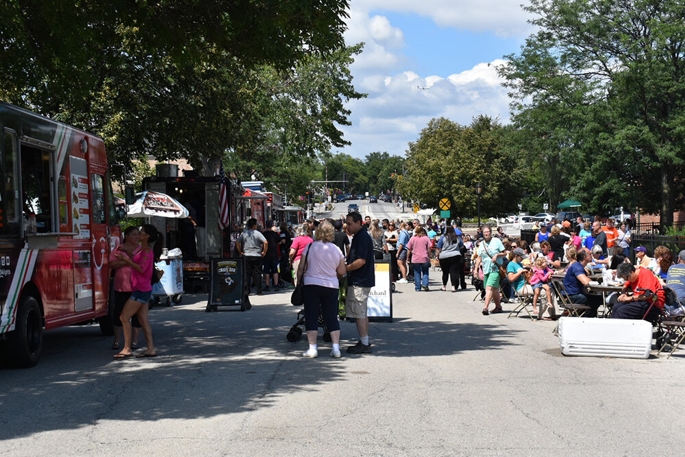itasca-Family-Day-Food-Truck-16.jpg