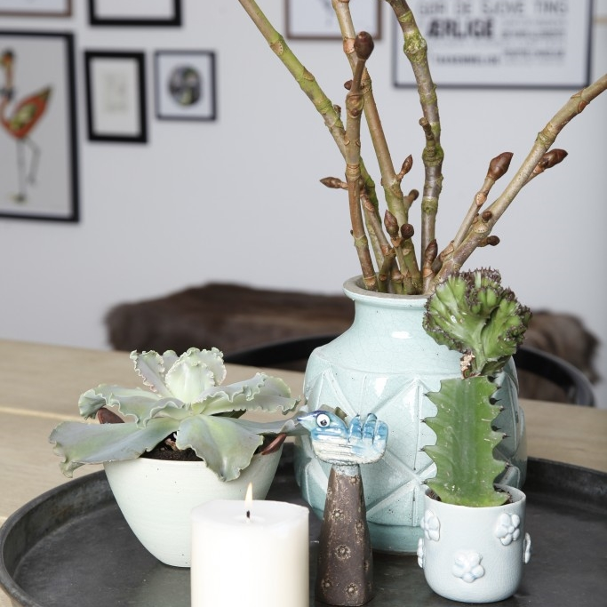 bordpynt, stentøj, blomster, bliosterideer, blomsterekspert, blomsterdekorationer, blomsteride, blomsterideer, Annie Dorthe Sanholm
